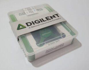 اسیلوسکوپ، لاجیک آنالایزر و فانکشن ژنراتور Analog Discovery 2 محصول مشترک شرکت های Digilent, Xilinx, Analog Devices